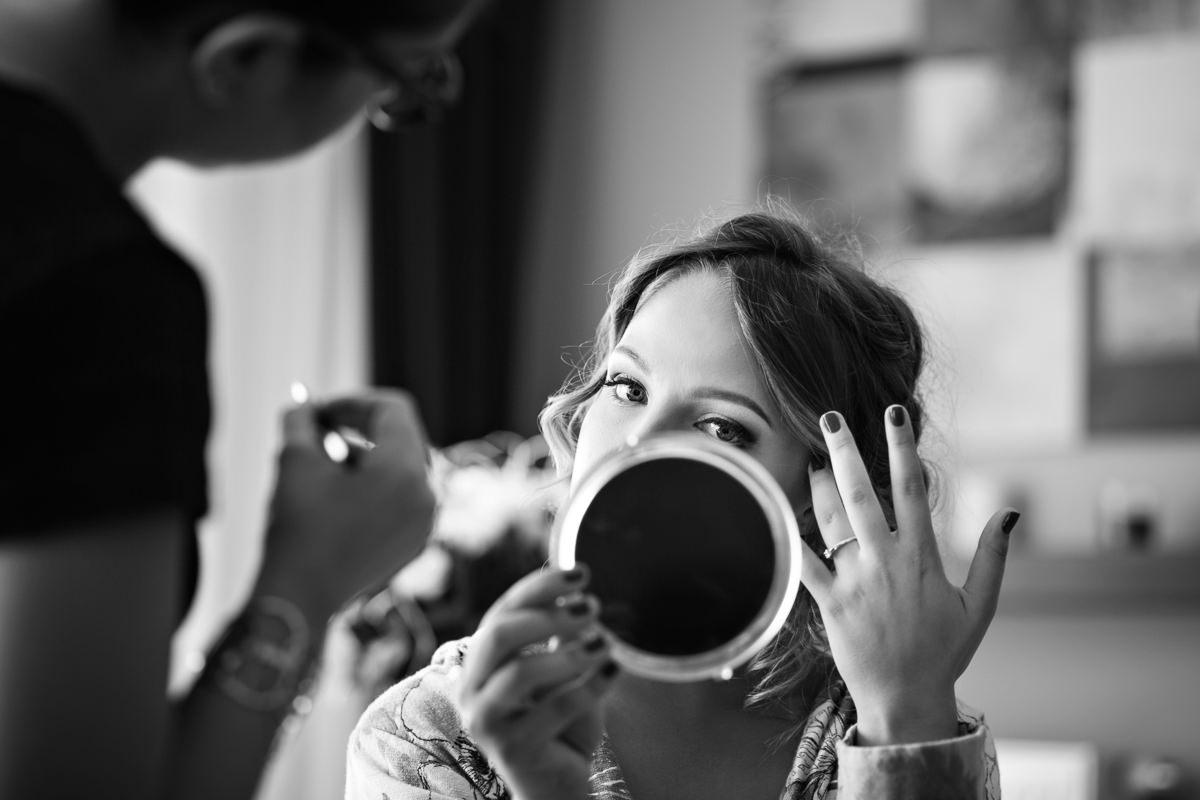 tomasz knapik, tomasz knapik pictures, fotograf nawesele, fotograf warszawa, fotograf ślubny, przygotowania doślubu, ślub nagłowie, portret, panna młoda