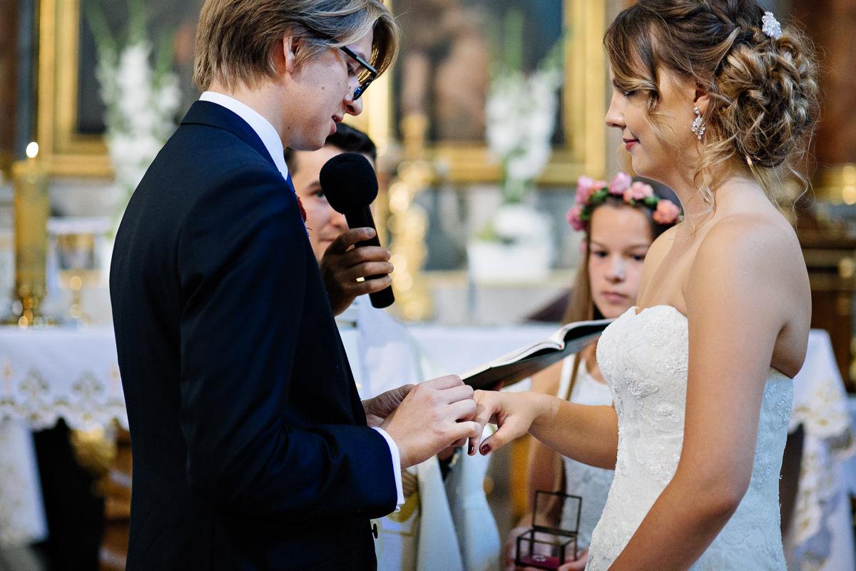 tomasz knapik, tomasz knapik pictures, fotograf nawesele, fotograf warszawa, fotograf ślubny, ślub nagłowie, przysięga, ceremonia, para młoda