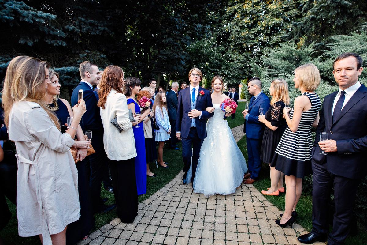 tomasz knapik, tomasz knapik pictures, fotograf nawesele, fotograf warszawa, fotograf ślubny, villa julianna, kraina ślubów, nowożeńcy, goście