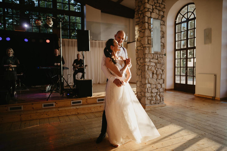 Epickie-wesele-dwor-w-tomaszowicach-0050