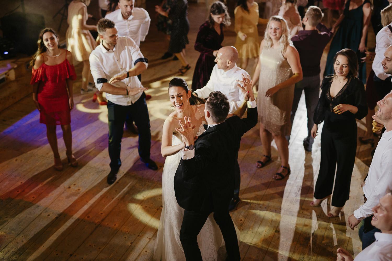 Epickie-wesele-dwor-w-tomaszowicach-0095