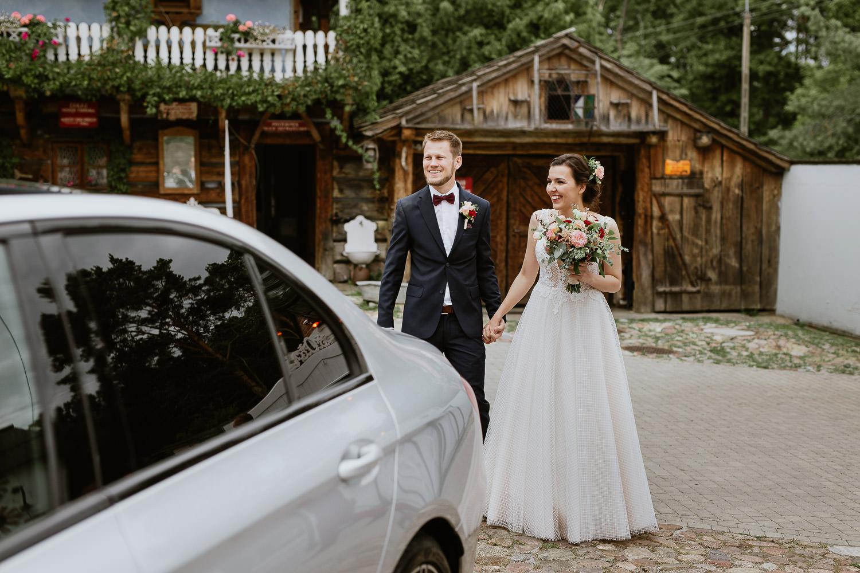 Rustykalne-wesele-folwark-u-rozyca-0043