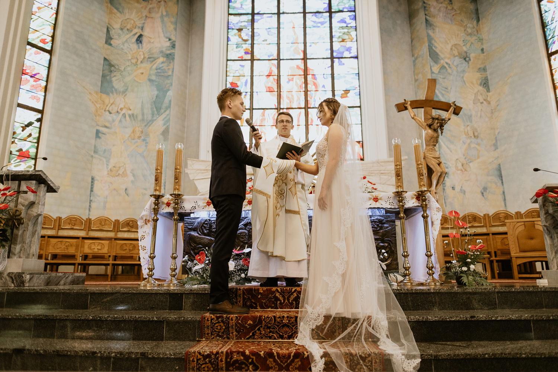 klasyczne-wesele-zamek-dubiecko-0038