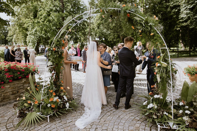 klasyczne-wesele-zamek-dubiecko-0049