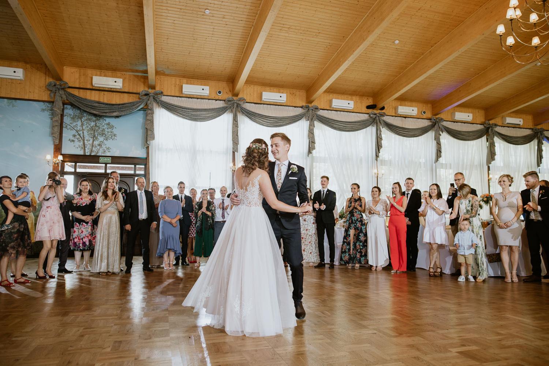 klasyczne-wesele-zamek-dubiecko-0066