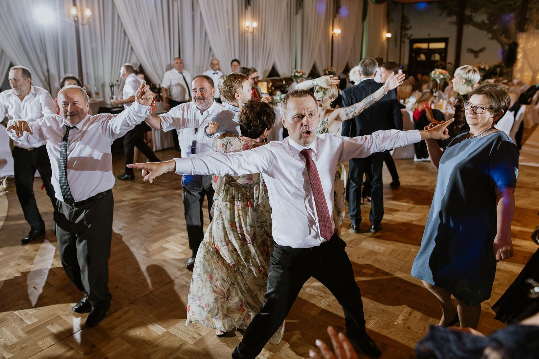 klasyczne-wesele-zamek-dubiecko-0137