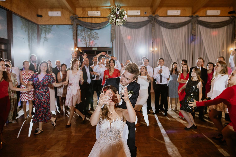 klasyczne-wesele-zamek-dubiecko-0144